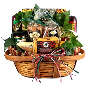 The Midwesterner Cheese And Sausage Gift Basket (Medium) -