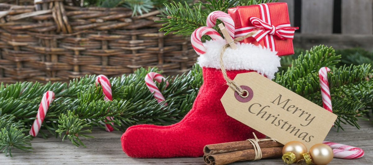Shop our beautiful Christmas Gift Baskets