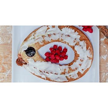 Lane's Bakery Legendary Raspberry Kringle