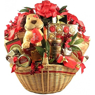 Luv Ya! Deluxe Valentines Day Gift Basket (Deluxe)