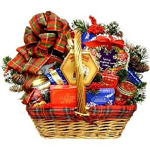 An Old Fashioned Christmas Gift Basket -