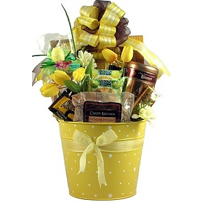 Easter Classic, Easter Gift Basket - Send Easter baskets online