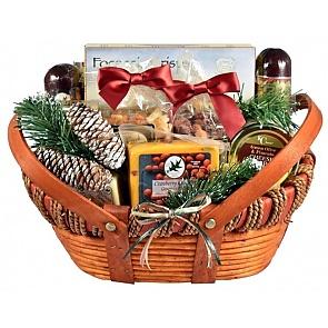Home for the Holidays - Front - Home for the Holidays Christmas Gift Basket #HolidayGiftBasket #ChristmasGiftBasket