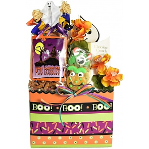 Trick-Or-Treat Halloween Gift Basket - Small - Trick-Or-Treat Halloween Gift Basket - Small #HalloweenGiftBasket